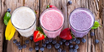 These Common Smoothie Mistakes Make You GAIN Weight