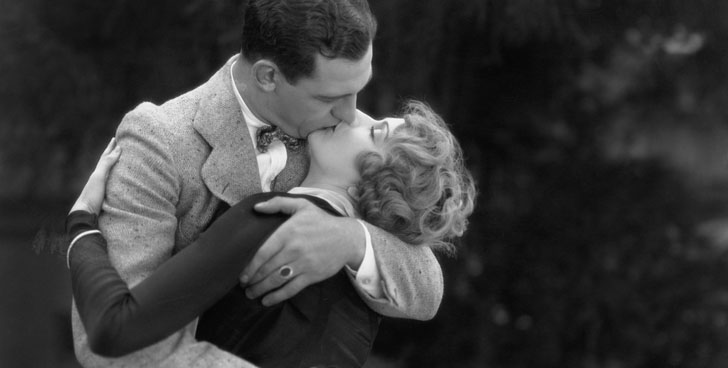 Bring Back These 8 Old Fashioned Dating Habits