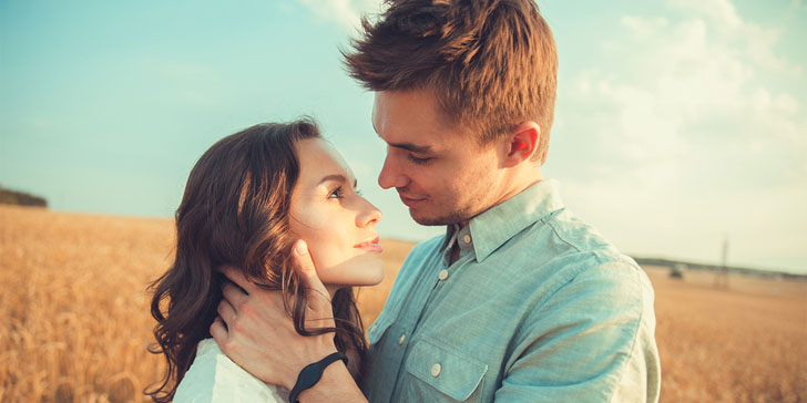 8 Indisputable Signs He Is In Love With You