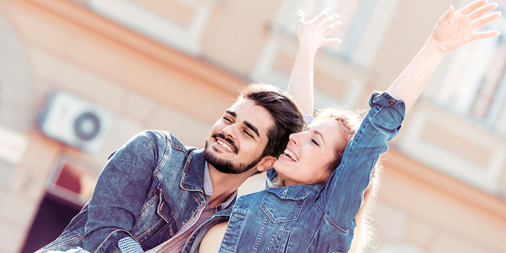 How To Know When You're In Love? 25 Sure Signs You're Falling in Love