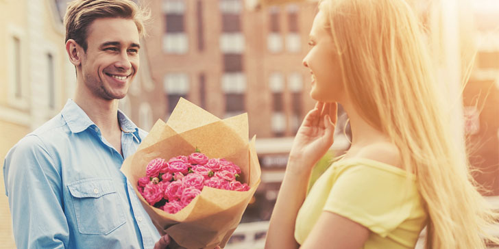 How to tell if a guy likes you guy